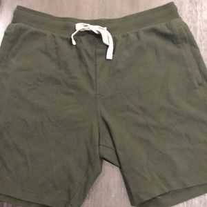 Goodfellow Knit Shorts in Forest Green (Large)